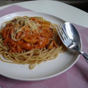 Spaghetti rode saus